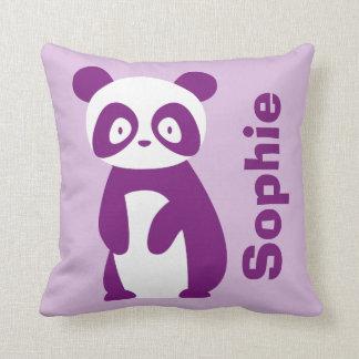 Coussin personnalisé pourpre de panda (tout nom)