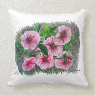 Coussin Pétunias de rose de dessin au crayon de couleur de