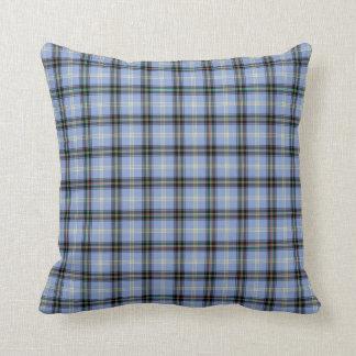Coussin Plaid bleu-clair et noir d'écossais de clan de