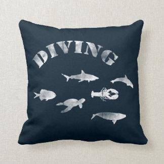 Coussin Plongée à l'air, poissons de natation. Vie marine,