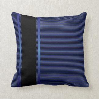 Coussin Rayures bleu-foncé et noires de Pin