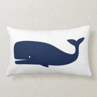 Coussin Rectangle Baleine colorée par bleu - nautique