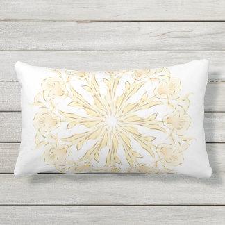 Coussin Rectangle Blanc abstrait d'or de mandala de lis