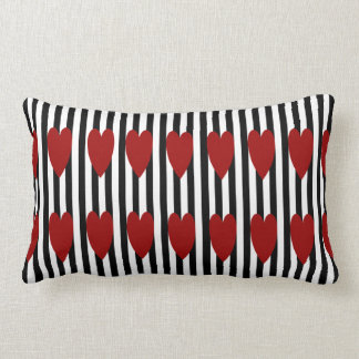 COUSSIN RECTANGLE CARREAU ROUGE DE COEUR DE FILET DE BLACK/WHITE