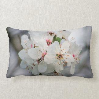 Coussin Rectangle Cerise blanche florale