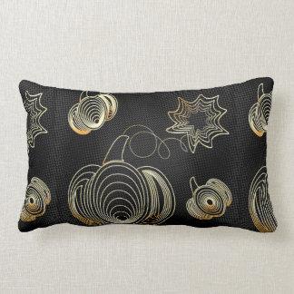 Coussin Rectangle Citrouille d'or sur l'arrière - plan grunge noir