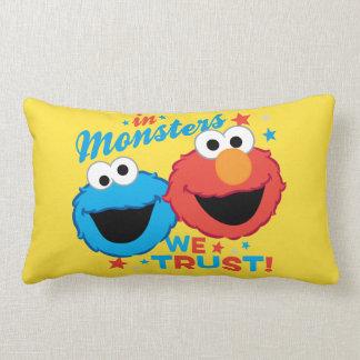 Coussin Rectangle Dans les monstres nous faisons confiance !