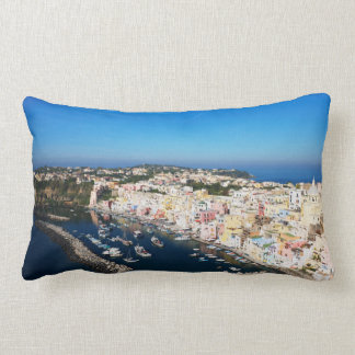 Coussin Rectangle Procida regarde le carreau