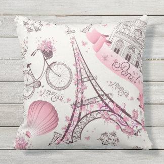 Coussin rose moderne de motif de Tour Eiffel de