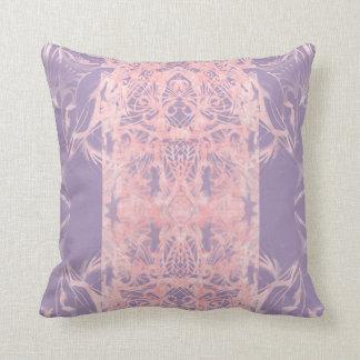 coussin rose violet