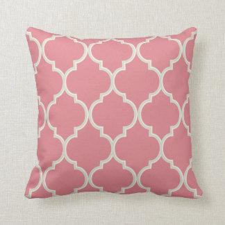 Coussin Rougissent la couleur rose et blanche du motif |