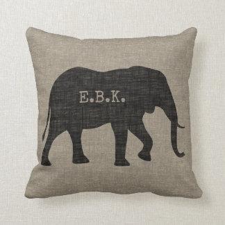 Coussin Silhouette d'éléphant africain avec le texte fait