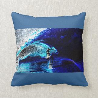 Coussin surfer surfant d'amour des sports aquatiques I de