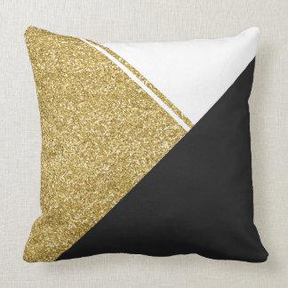 Coussin Triangle moderne de noir d'or blanc
