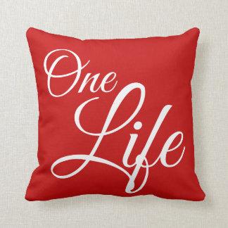 Coussin Une typographie rouge de la vie et blanche de