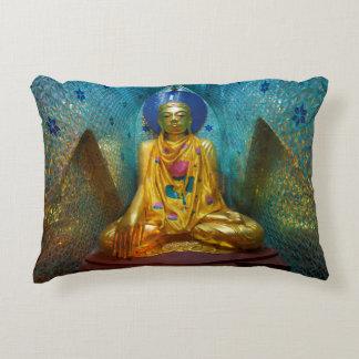 Coussins Décoratifs Bouddha dans l'alcôve fleurie
