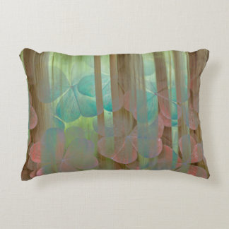 Coussins Décoratifs Collage d'Oxalis et d'arbres | Seabeck, WA