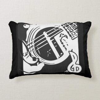 Coussins Décoratifs Jeu de guitare de mélomane noir et blanc