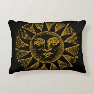 Coussins Décoratifs le soleil vintage sur le noir