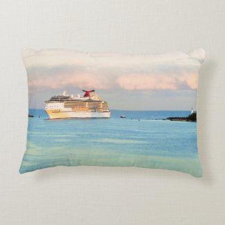 Coussins Décoratifs Lever de soleil en pastel avec le bateau de