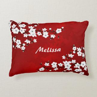 Coussins Décoratifs Monogramme blanc noir rouge de fleurs de cerisier