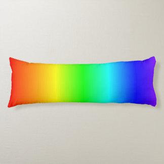 Coussins Longs L'arc-en-ciel heureux lumineux de couleurs barre