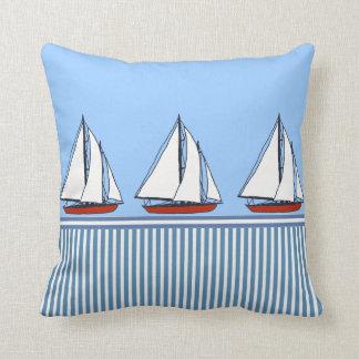 coussins nautiques de coussin de rayures de bateau