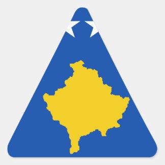 Coût bas ! Drapeau de Kosovo Sticker Triangulaire