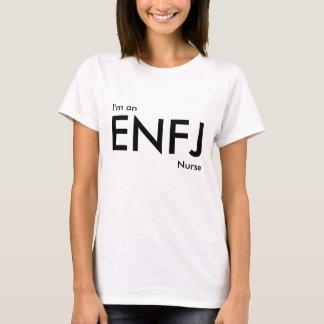 Coutume je suis une infirmière d'ENFJ - type de T-shirt
