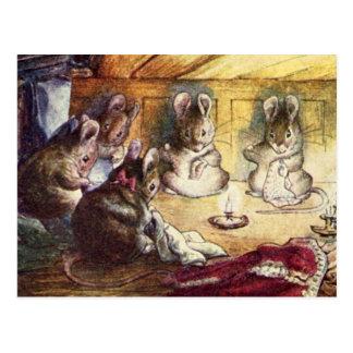Couture mignonne de souris cartes postales