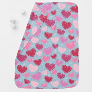 Couverture de bébé de coeurs de Valentine