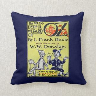 Couverture de livre vintage de magicien d'Oz Coussin Décoratif