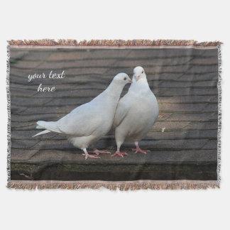 Couverture Deux colombes blanches