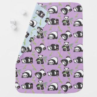 Couverture espiègle de bébé de pandas de Kawaii Couvertures Pour Bébé