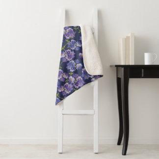 Couverture florale pour aquarelle pourpre