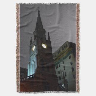 Couverture gothique de jet d'église