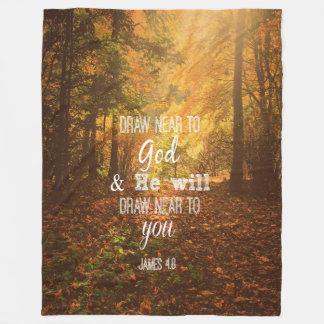 Couverture Polaire Automne avec le vers : Approchez à Dieu