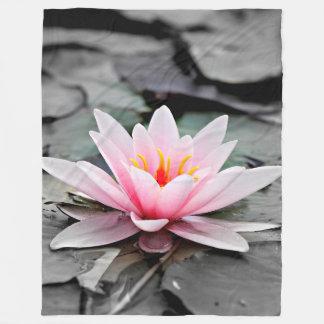 Couverture Polaire Bel art rose de zen de nénuphar de fleur de Lotus