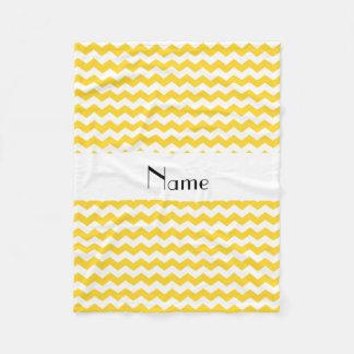 Couverture Polaire Chevrons blancs jaunes nommés personnalisés