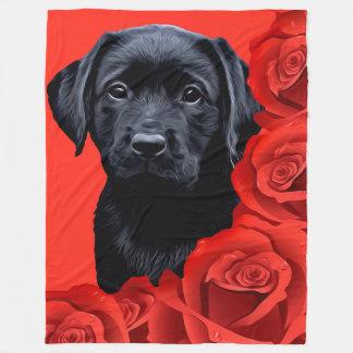 Couverture Polaire Chiot noir de Labrador - roses de Valentine