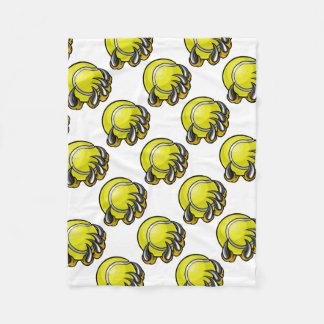 Couverture Polaire Griffe de monstre ou d'animal tenant la balle de