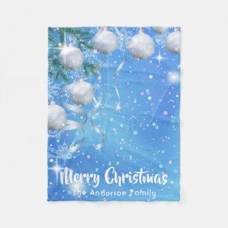 Couverture Polaire Hiver de Noël avec les ornements et les étoiles