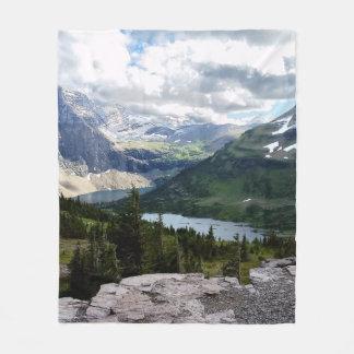 Couverture Polaire Le lac caché donnent sur le parc national Montana
