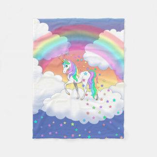 Couverture Polaire Licorne et étoiles colorées d'arc-en-ciel