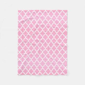 Couverture Polaire Motif rose et blanc de Quatrefoil