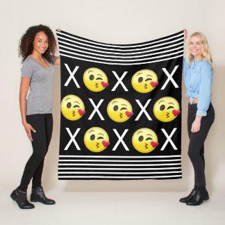 """Couverture Polaire """"XOXO"""" Emojis"""