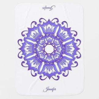 Couverture Pour Bébé Mandala violet floral. Nom