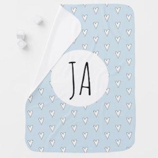 Couverture Pour Bébé Monogramme bleu personnalisé de motif de coeur de