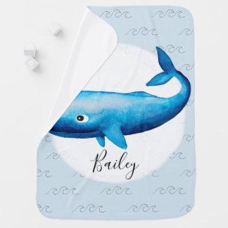 Couverture Pour Bébé Plage bleue et nom de baleine d'aquarelle de la