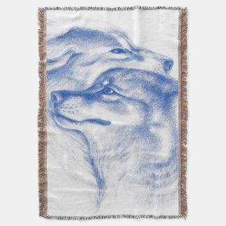 Couverture Se blottissant d'alpha loups bleus